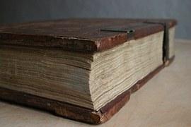 bible-1068176__180